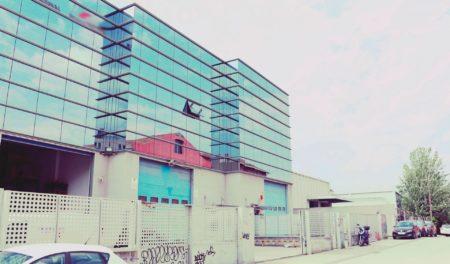 deerfoot-edificio-oficias-almacen-2